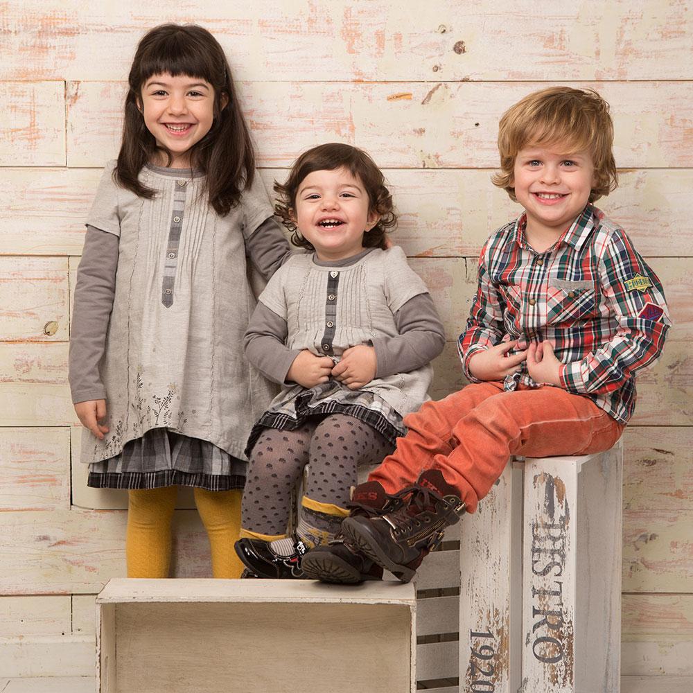 fotografia-nens-familia-tantinya-estudi-jordi-muntal-granollers-01